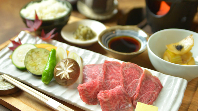 瓢箪坂 おいしんぼ - 料理写真:山形の厳選食材を味わう山形牛昼御膳