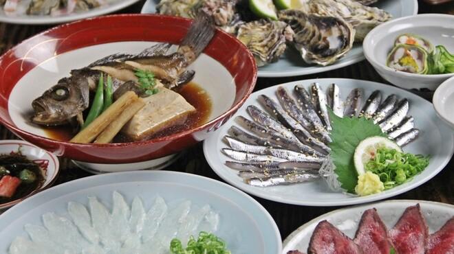 広島 酒呑童子 - 料理写真:広島食べ尽くしコース[5000円]広島の特産をたっぷり堪能いただけるコースとなっております。