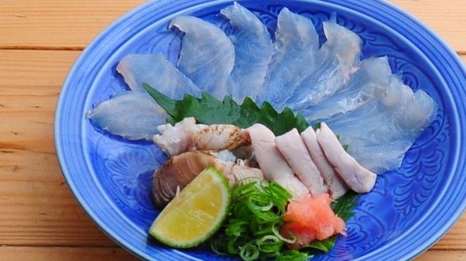 ときすし - 料理写真:カワハギの薄造り