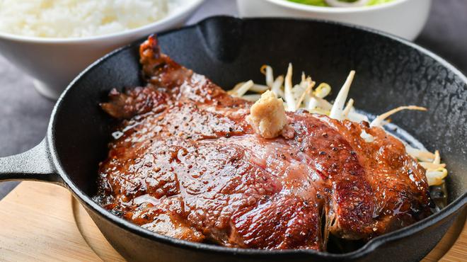 厚肉焼肉ホルモン 牛SUKE - メイン写真: