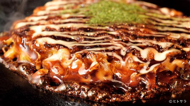 粉もん・鉄板焼 てんてん - 料理写真:老舗お好み焼店と同じ味を再現。本場の味をとことん追求