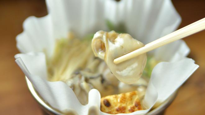 神楽坂 おいしんぼ - 料理写真:冬は牡蠣鍋で!
