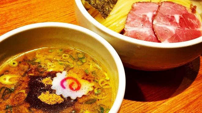 煮干中華そば鈴蘭 - 料理写真: