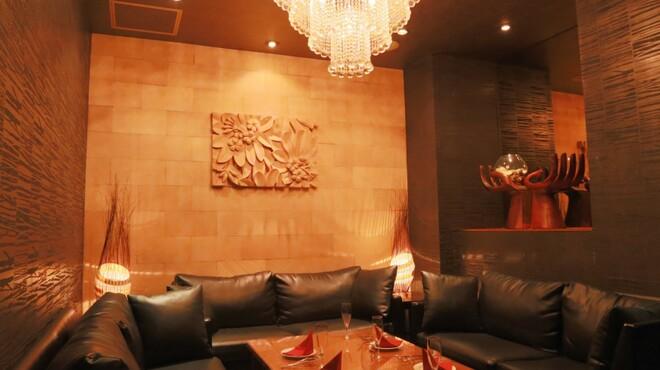 リゾートレストラン カスケード銀座店 - メイン写真: