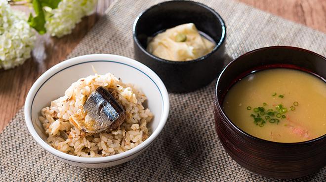 sashimi dining 魚浜 アンド バル - メイン写真: