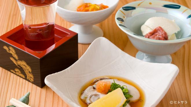旬彩和膳 左がわ - 料理写真:四季折々の酒と肴を、気軽な料金で楽しめる