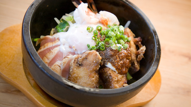 地元産天然お魚とアジアごはん アイワナドゥ 岩戸 - メイン写真: