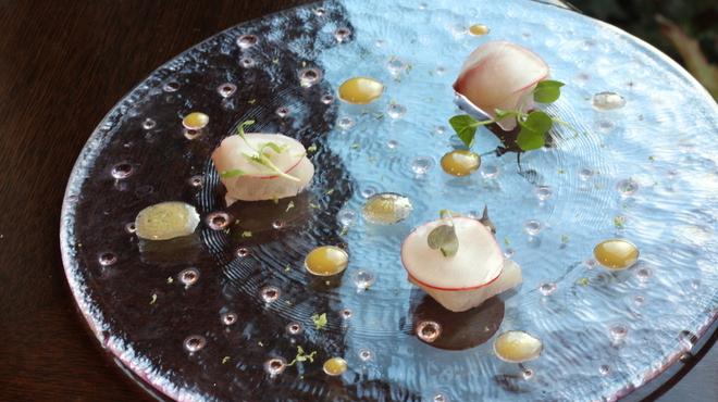 ハミルトン アール - 料理写真:ホタテの昆布締め