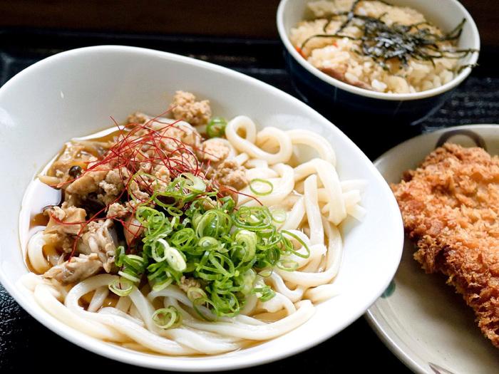 こだわり麺や 綾南店