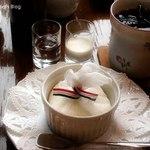 かふぇ り どぅ あんぐいゆ - チーズケーキとカフェグラッセ
