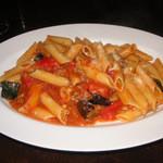 テスタコーダ - 夏野菜のボロネーゼ(日替わりショートパスタ)