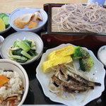 大月そば処割烹 - 料理写真:お昼の定食840円