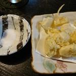 よっちゃん家 - ニンニクの天ぷら
