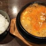 EIKO - スンドゥブチゲ定食