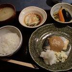 10001276 - 焼鰆大根おろし胡麻味噌