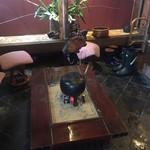 乳頭温泉郷 妙乃湯 - 外観5:玄関の囲炉裏