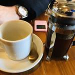 銀山ベース - ☆コーヒーは1分蒸らしてから、いただきます。(ピンク色のタイマーが、共に出てきます。)