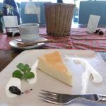虚空蔵 - ベイクドチーズと黒豆珈琲