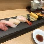 築地寿司岩 - お寿司