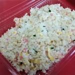 玉名拉麺 千龍 - 焼き飯は、当然、お持ち帰りになりますよね(笑)。