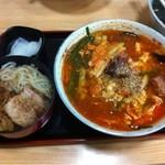 ラーメン貴族 - カルビラーメンと半チャーシュー丼のセット