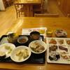 季楽里龍神 - 料理写真:夜のチョイス。9箱のど真ん中が鹿肉