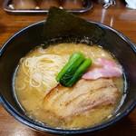 らぁめん三代目おかわり - 鶏白湯 780円