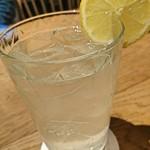 白黒 - 生搾りレモンサワー