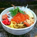 赤鶏炭焼 大安 - ☆イクラとシラス丼ぶり 550円