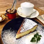 100059500 - チーズケーキとほうじ茶ラテ
