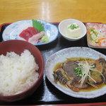 清水港 - 清水港:煮魚定食