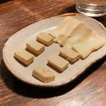 眠庵 - カマンベールチーズ、ブリーチーズの味噌漬け