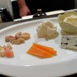 PIKOSHHHU - チーズ盛り合わせ
