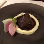Le Salon de Legumes - 牛ホホ肉の赤ワイン煮