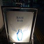 BASE BAR -