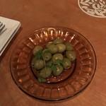 100070548 - イタリア産オリーブ、500円