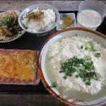 とうふの比嘉 - ゆし豆腐セット(大)と玉子焼き、野菜炒め 650円 (2018.12)