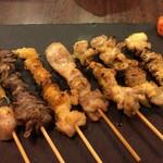 大衆焼き鳥酒場 やきとりさんきゅう - ねぎま串 + 砂肝串 + ぼんじり串 + もも串 + さえずり串 + 軟骨串 + 鳥皮串(塩)
