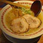 100072541 - 「鶏ガラとん骨醬油」ラーメン(690円)