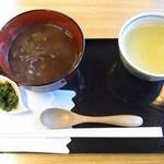 井泉亭 - 田舎しるこ 500円