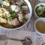 ひなた - 料理写真:角煮×エビマヨハーフ丼