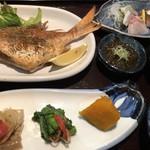 100083365 - 日替わり定食(鯛バターソテー)