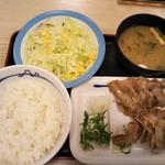 松屋 - 豚バラ焼肉定食 480円(税込)(クーポン価格)(2019年1月14日撮影)