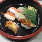 100088263 - にぎり寿司 800円