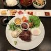 焼旨肉家 みやび - 料理写真:牛ヒレステーキコース2500円   ライス・サラダお代わり無料・ドリンクバー・季節のデザート付