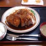 Yasukuniya - ポークステーキ