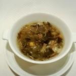 100093949 - 宮城産生海苔入り色々海鮮のふかひれスープ