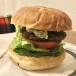 センターフォーハンバーガーズ - ブルーチーズバーガー