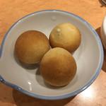 100101658 - しらすのパン♬食べログクーポンでヽ(o'д'o)ノ