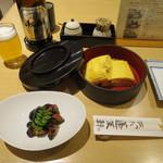 あつた蓬莱軒 - 肝焼/うまき